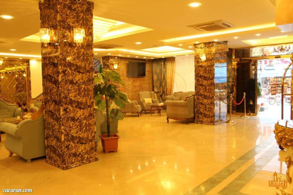 ورودی هتل عقیق مشهد