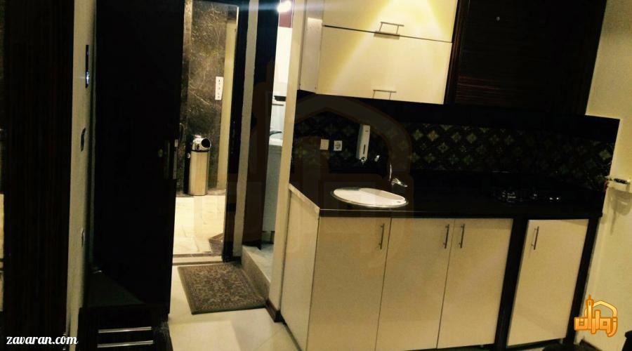 فضای داخل اتاق هتل آپارتمان پارادایس مشهد