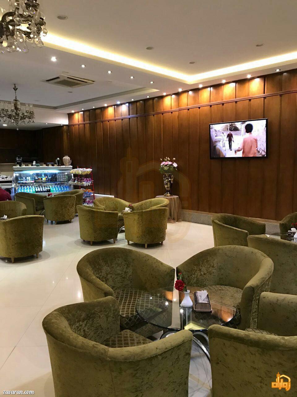 کافی شاپ هتل دیبا مشهد