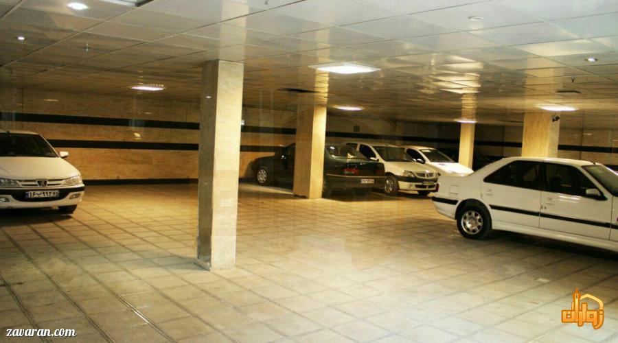 پارکینگ هتل آپارتمان آفرین مشهد