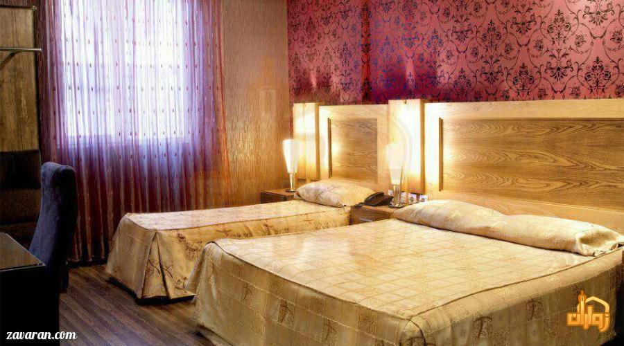 رزرو اتاق سه تخته هتل آپارتمان مشاهیر مشهد