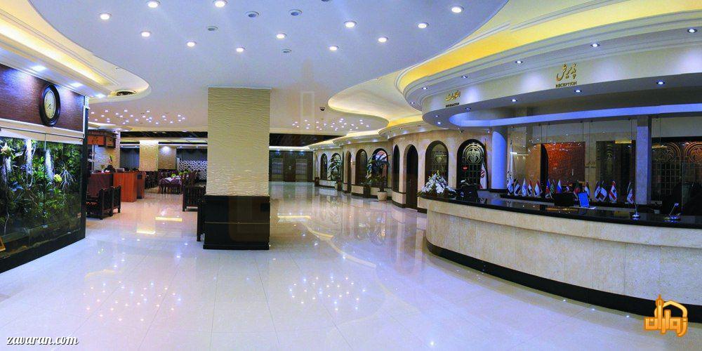 پذیرش و فضای داخلی هتل جم مشهد