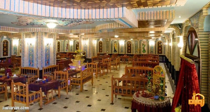 رستوران سنتی ترمه هتل قصر طلایی مشهد