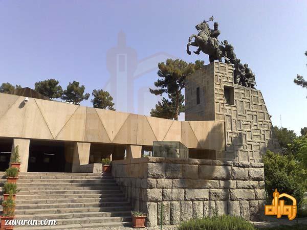 آرامگاه نادرشاه مشهد