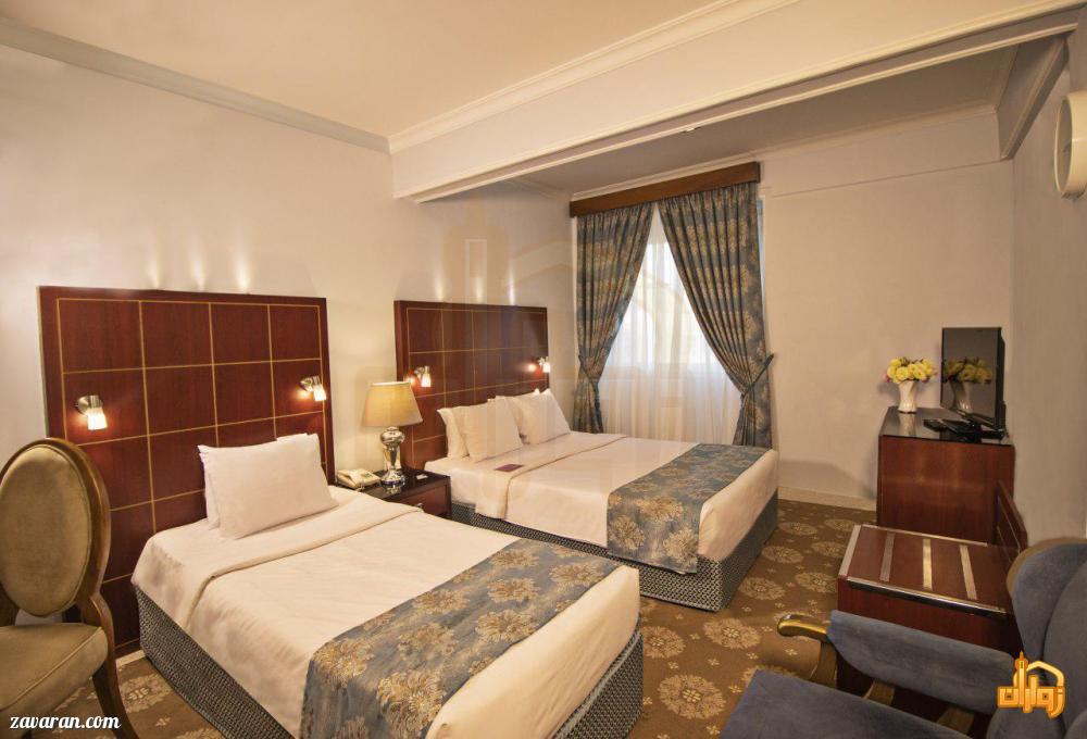 رزرو اتاق سه تخته هتل تارا مشهد