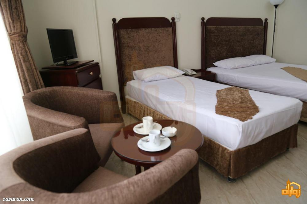 رزرو اتاق سه تخته هتل آتی مشهد