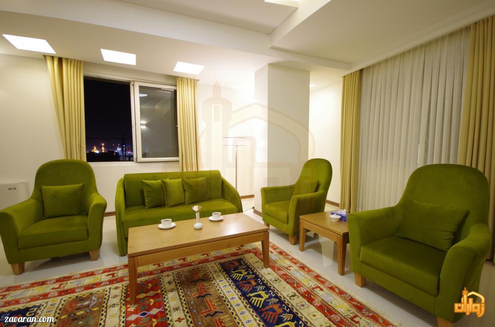 اتاق مشرف به حرم در هتل آپارتمان حیات شرق مشهد