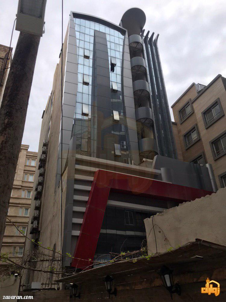 ساختمان هتل آپارتمان سفرا طلایی مشهد