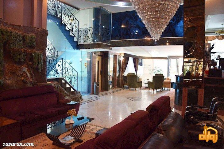 فضای داخلی هتل ترنج مشهد