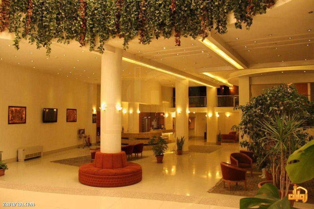 فضای داخلی هتل صدر مشهد