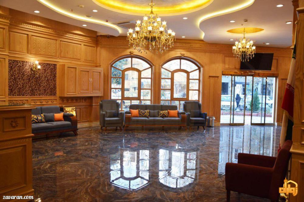 لابی و فضای داخلی هتل ساعت مشهد