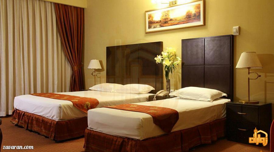 رزرو اتاق سه تخته هتل جواد مشهد
