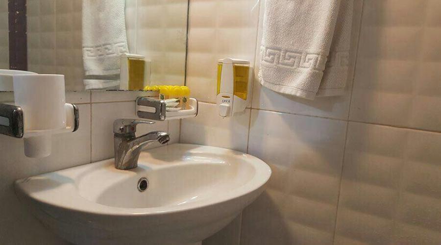 هتل آپارتمان معین درباری مشهد زواران تا 75% تخفیف